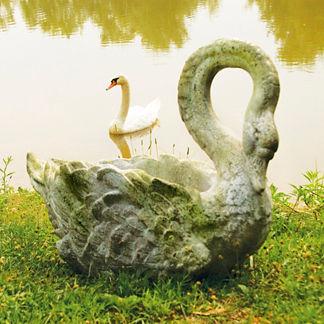Swan Grande Planter