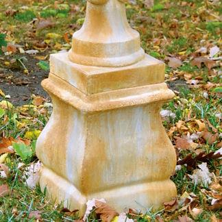 Grayson Pedestal