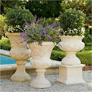 Provence Urn