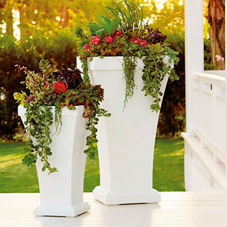 Bordeaux Outdoor Planter