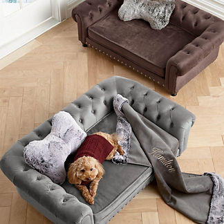 Wentworth Tufted Dog Bed