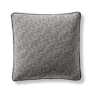 Teatro Decorative Pillow Cover