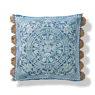 Terracina Indoor/Outdoor Pillow in Peacock