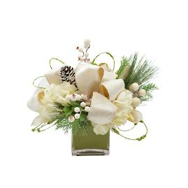 Eira Arrangement in Vase
