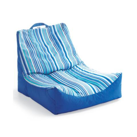 Elegant Oasis Pool Lounger