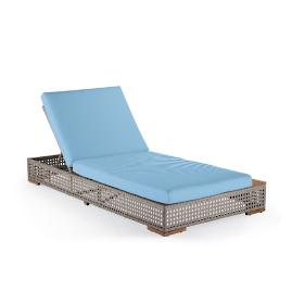 Palisades Chaise Lounge with Cushions in Sailcloth Air