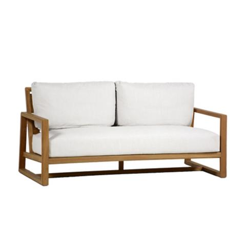 Avondale Sofa With Cushions By Summer Classics
