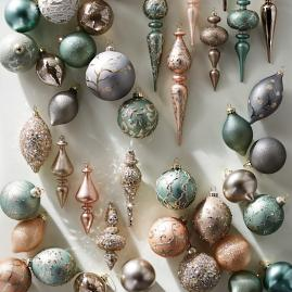 Atelier Glam 60-piece Ornament Collection