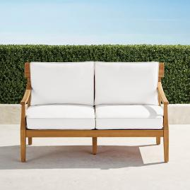 Kingston Loveseat with Cushions