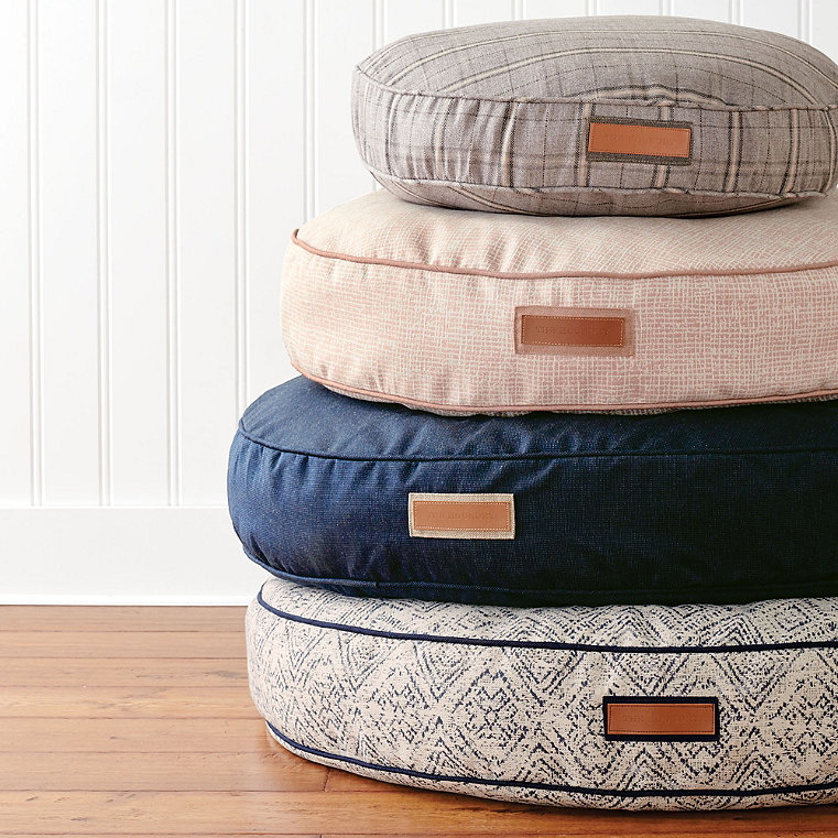 The Houndry Round Pet Bed