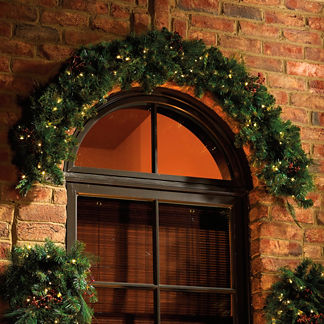Cordless Lighted Garland