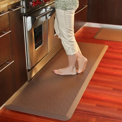 kitchen floor runner mats wellnessmats 174 trellis motif anti fatigue mat frontgate 4814