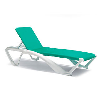 Resort Stacking Chaise