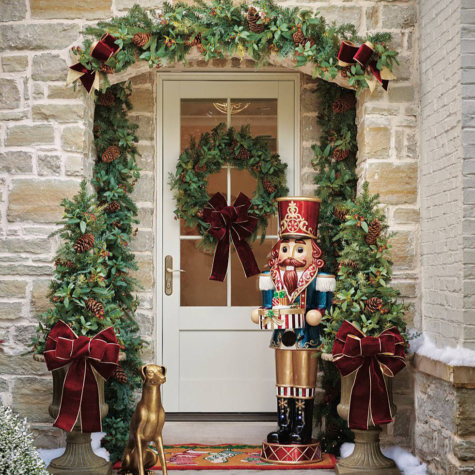 Frontgate:Christmas Trees 2020 Holiday Archives   Home + Style